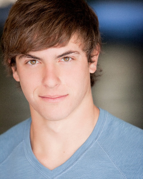 Derek Klena as Peter